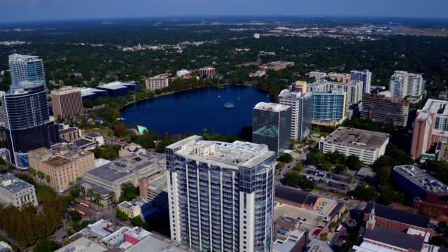lake eola aerial - downtown orlando - フロリダ州点の映像素材/bロール