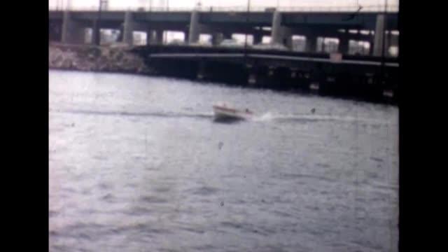 1973 lake isabella water-skiing - under her feet stock videos & royalty-free footage