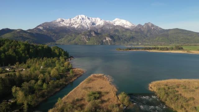 vídeos de stock, filmes e b-roll de lake kochelsee bavaria, germany, europe - alpes bávaros