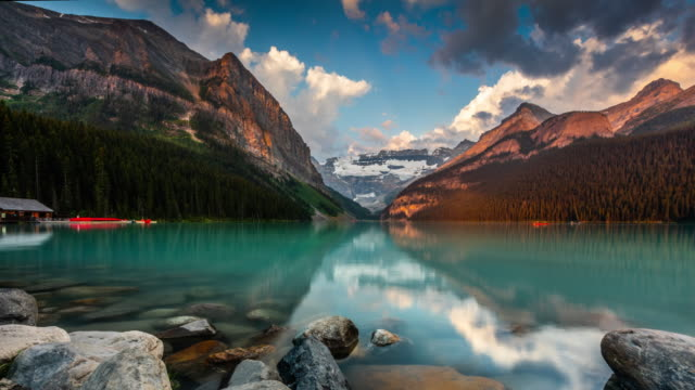 lake louse in banff national park - time lapse - banff national park stock videos & royalty-free footage
