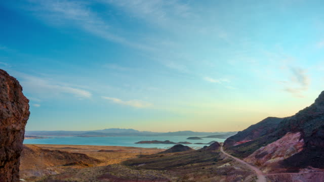 lake mead am morgen - nevada stock-videos und b-roll-filmmaterial