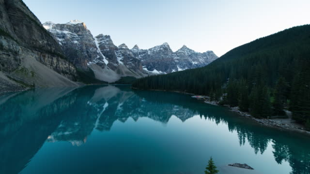 lake moraine, banff national park, travel and time-lapse through canada - valley of the ten peaks stock videos and b-roll footage