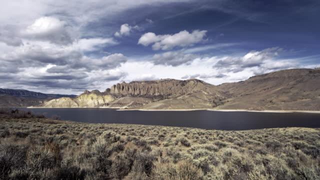 vídeos de stock, filmes e b-roll de lake near gunnison colorado time lapse - gunnison