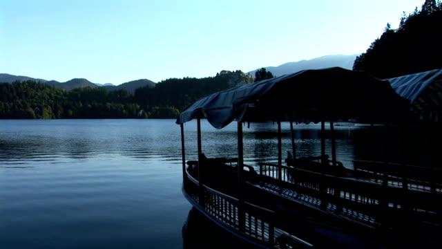 vídeos de stock e filmes b-roll de hd: lago de bled - lago bled