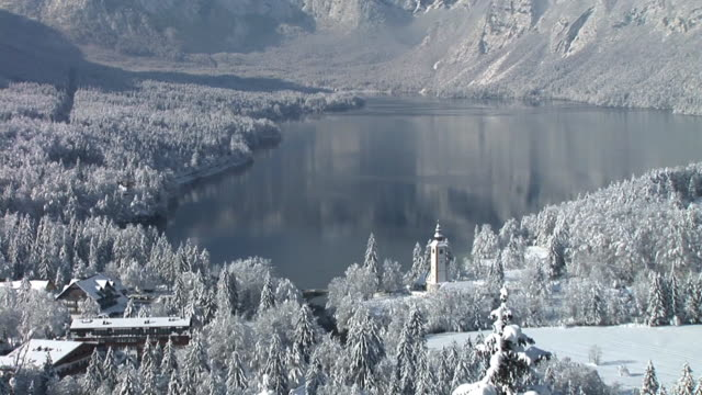 HD: Lago Bohinj de