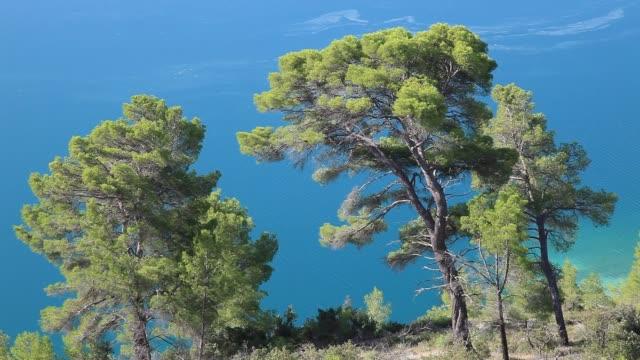 Lake of Esparron