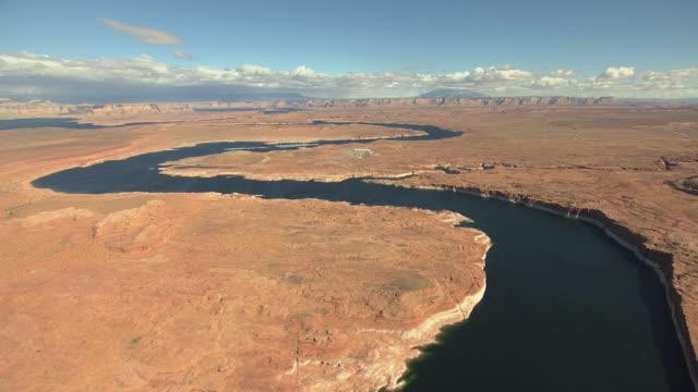 ws aerial lake powell curves / arizona, united states - lake powell stock videos & royalty-free footage