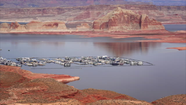 lake powell from the wahweap overlook - lake powell stock videos & royalty-free footage
