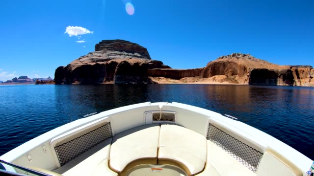 pov lake powell reservoir vacation destination arizona usa - lake powell stock-videos und b-roll-filmmaterial