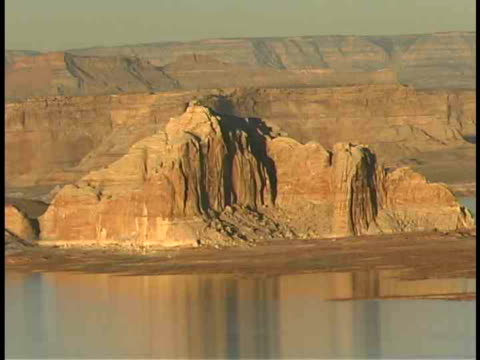 zo, ms, lake powell, utah/arizona, usa - lago powell video stock e b–roll
