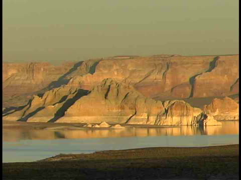 ms, lake powell, utah/arizona, usa - lago powell video stock e b–roll