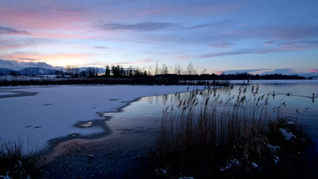 Lake Riegsee in winter at sunset, Riegsee, Murnau, Upper Bavaria, Bavaria, Germany, European Alps