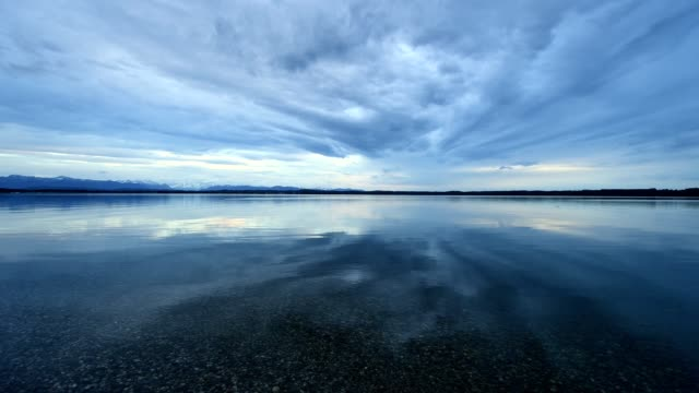 lake starnberger see, in the evening, ambach, upper bavaria, bavaria, germany - 40 seconds or greater stock videos & royalty-free footage