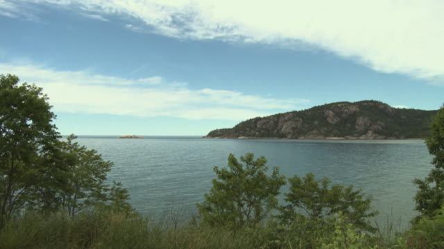 ws, lake superior, sault ste marie, ontario, canada - lago superiore video stock e b–roll