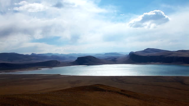 lake (selincuo lake)