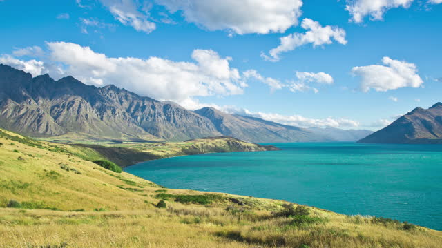 lake wakatipu / queenstown, new zealand - new zealand stock videos & royalty-free footage