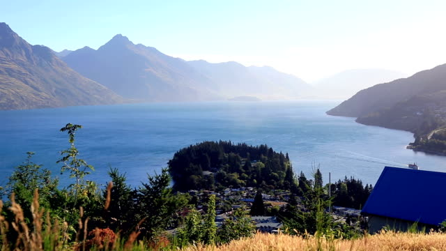 lake wakatipu, queenstown, new zealand - queenstown stock videos & royalty-free footage