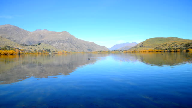 Lake Wanaka and Hayes in Autumn