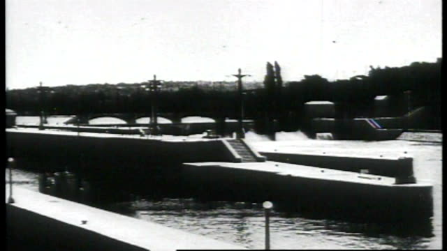 1917 - lake washington canal locks - seattle stock videos & royalty-free footage