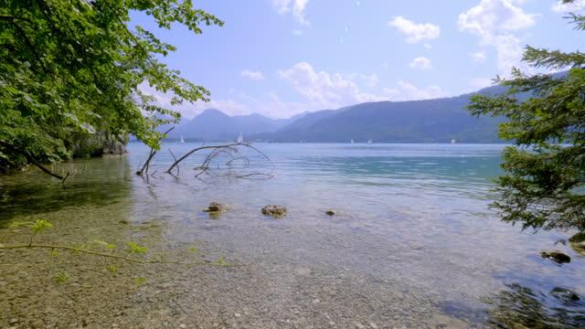 stockvideo's en b-roll-footage met lake wolfgangsee, austria, in summer - oostenrijkse cultuur