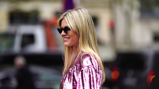 stockvideo's en b-roll-footage met lala rudge wears a pink glitter shiny dress a black belt bag outside miu miu during paris fashion week womenswear spring/summer 2019 on october 2... - week