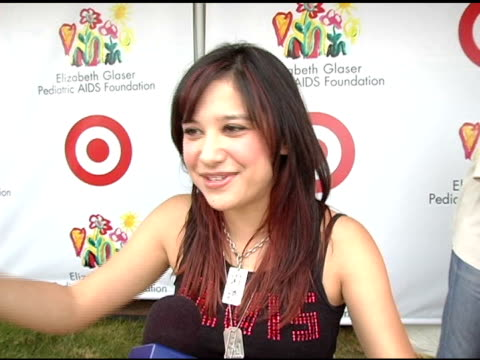 lalaine on getting up early for a good cause at the target 'a time for heros' celebrity carnival to benefit the elizabeth glaser pediatric aids... - アタイムフォーヒーローズ点の映像素材/bロール
