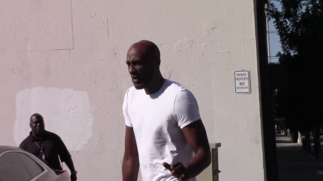 lamar odom gives a shout out to his fans outside the dwts rehearsal studio in hollywood in celebrity sightings in los angeles - dancing with the stars stock videos & royalty-free footage