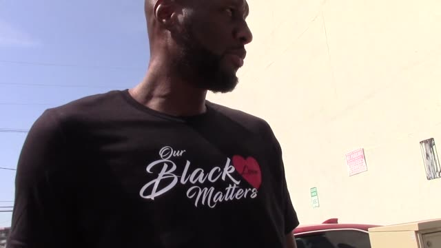 interview lamar odom shows off his black love matters tshirt outside the dwts rehearsal studio in hollywood in celebrity sightings in los angeles on - dancing with the stars stock videos & royalty-free footage