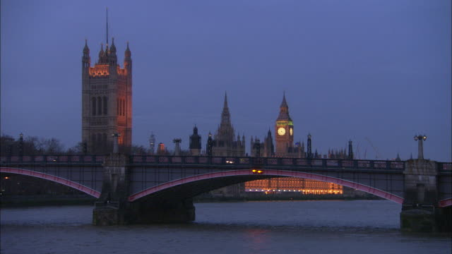 t/l ms lambeth bridge with houses of parliament in background, day to night, london, united kingdom - lambeth stock videos & royalty-free footage