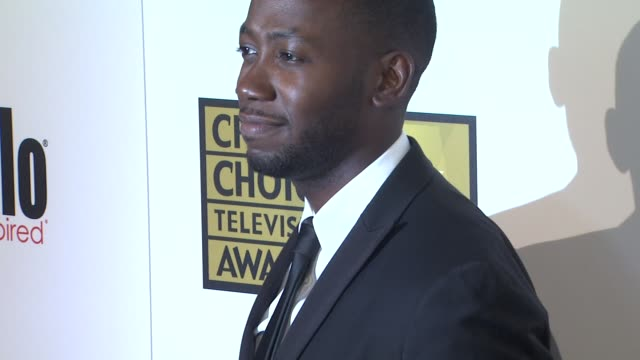 lamorne morris at 2012 critics' choice television awards lamorne morris at 2012 critics' choice television at the beverly hilton hotel on june 18,... - the beverly hilton hotel stock videos & royalty-free footage