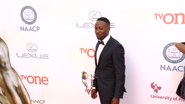 stockvideo's en b-roll-footage met lamorne morris at the 46th annual naacp image awards arrivals at pasadena civic auditorium on february 06 2015 in pasadena california - pasadena civic auditorium