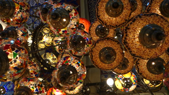 stockvideo's en b-roll-footage met lamps at grand bazaar - istanbul, turkey - istanboel