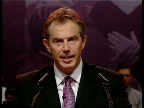 stockvideo's en b-roll-footage met lancashire blackpool int prime minister tony blair mp applauded as to podium to address the labour party conference pan tgv blair to podium blair at... - neil kinnock