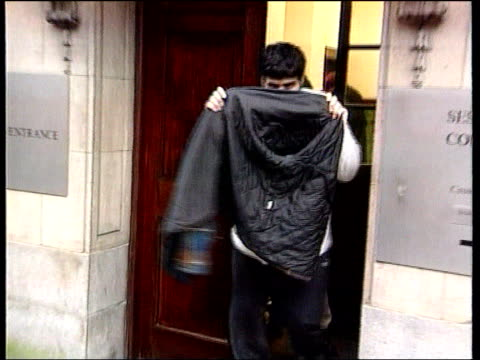 vidéos et rushes de lancashire preston members of the sharif family from court after trial for making false injury claims and benefit fraud and trying to hide their... - lancashire
