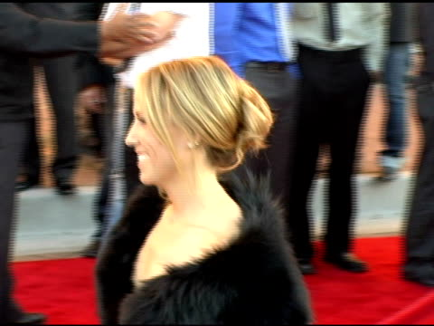 lance armstrong and sheryl crow at the 2005 american music awards arrivals at the shrine auditorium in los angeles california on november 22 2005 - sheryl crow stock videos & royalty-free footage