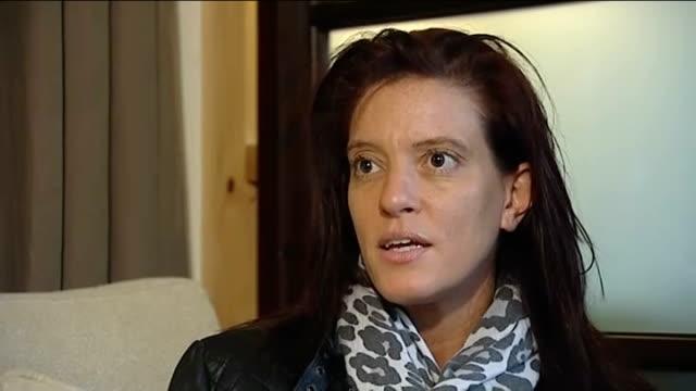 vídeos de stock, filmes e b-roll de lance armstrong doping allegations england manchester reilly interview sot you don't feel sorry for lance he's no victim - abuso de substâncias