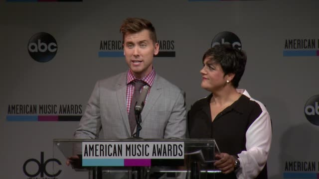 speech lance bass announces the performers for the 2013 american music awards nominations press conference at bb king blues club grill on october 10... - 2013 american music awards stock videos & royalty-free footage