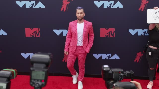 lance bass at 2019 mtv video music awards at prudential center on august 26 2019 in newark new jersey - mtv video music awards stock videos & royalty-free footage