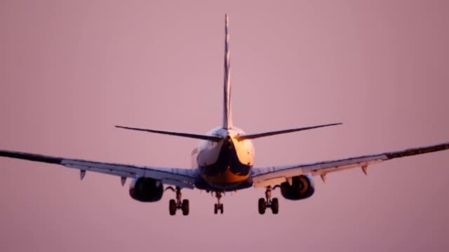 Landing Boeing 737-800