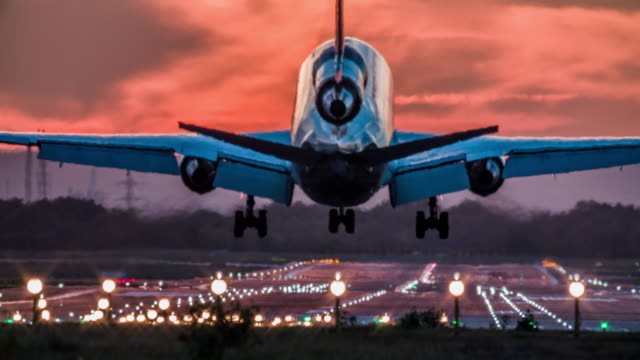 landing cargo airplane - pollution stock videos & royalty-free footage