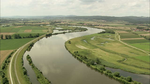 landing on donau river banks - river danube video stock e b–roll