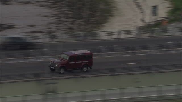 landrover crossing the humber bridge - hull stock videos & royalty-free footage