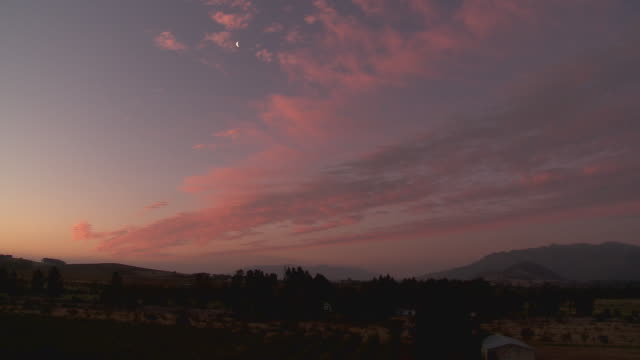 ws landscape at dusk, franschhoek, western cape, south africa - franschhoek stock videos and b-roll footage