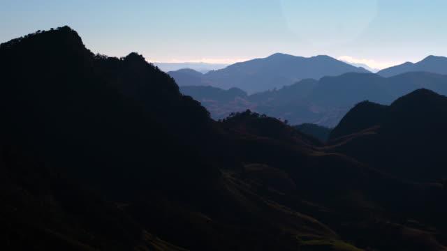 landscape in mantiqueira mountains with bau rock on the background - ekoturism bildbanksvideor och videomaterial från bakom kulisserna