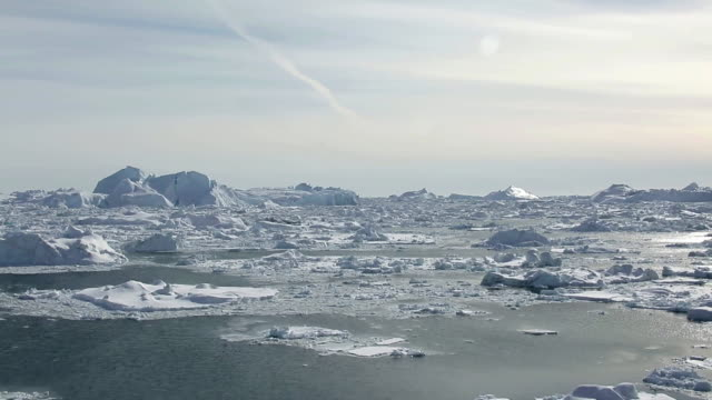 landscape of glacier and icebergs in ilulissat, greenland - arctic stock videos & royalty-free footage