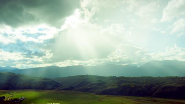 landscape of jackson hole - sunbeam点の映像素材/bロール
