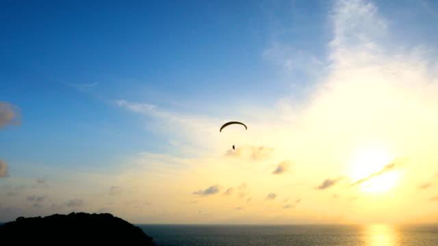 landskap av paradise tropisk solnedgång på stranden, 4k. - andamansjön bildbanksvideor och videomaterial från bakom kulisserna