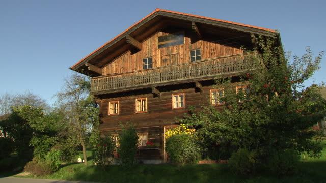 Landschaftsaufnahmen - Country House in Gebertshum