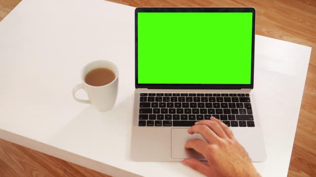 laptop: message display on green screen chroma key. - touchpad stock videos & royalty-free footage
