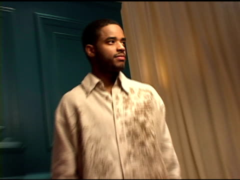 larenz tate at the 2004 toronto international film festival 'crash' portraits at intercontinental in toronto ontario on september 11 2004 - larenz tate stock videos and b-roll footage
